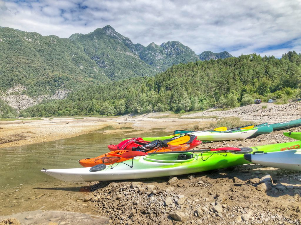lago di redona canoa